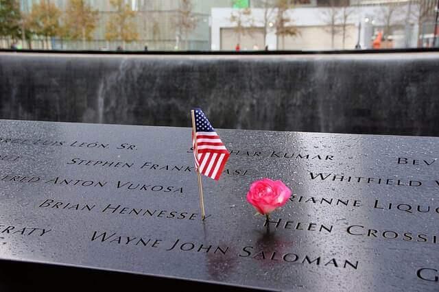 memorial-992563_640
