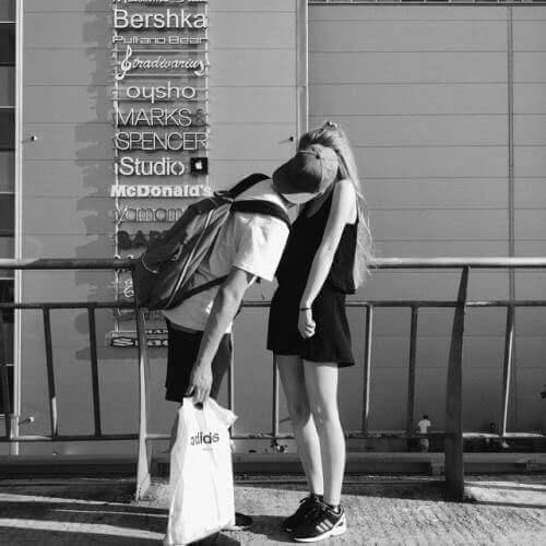 Liebesgedichte – Hard days night