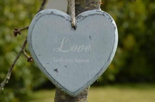 Sprüche über Liebe & Leben – Lerne den zu schätzen