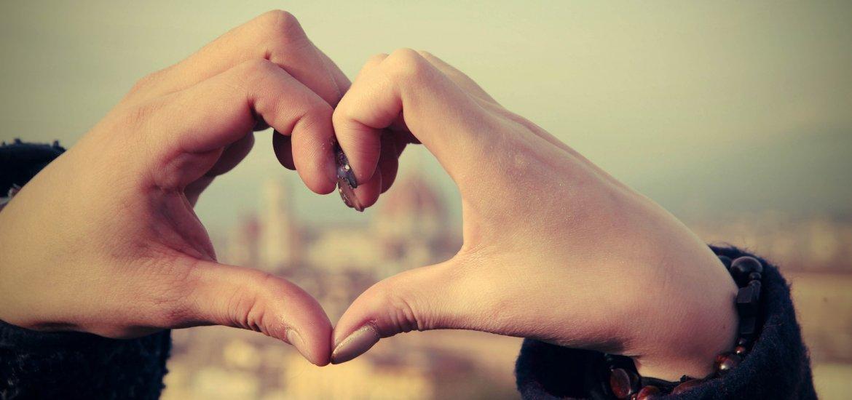 Liebesgedichte - Liebessprüche - Wenn sich zwei Herzen