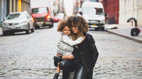 Kennenlernen im Internet – Handy-Apps für Mütter